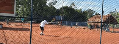 arrienda cancha en Academia de Tenis Quintero